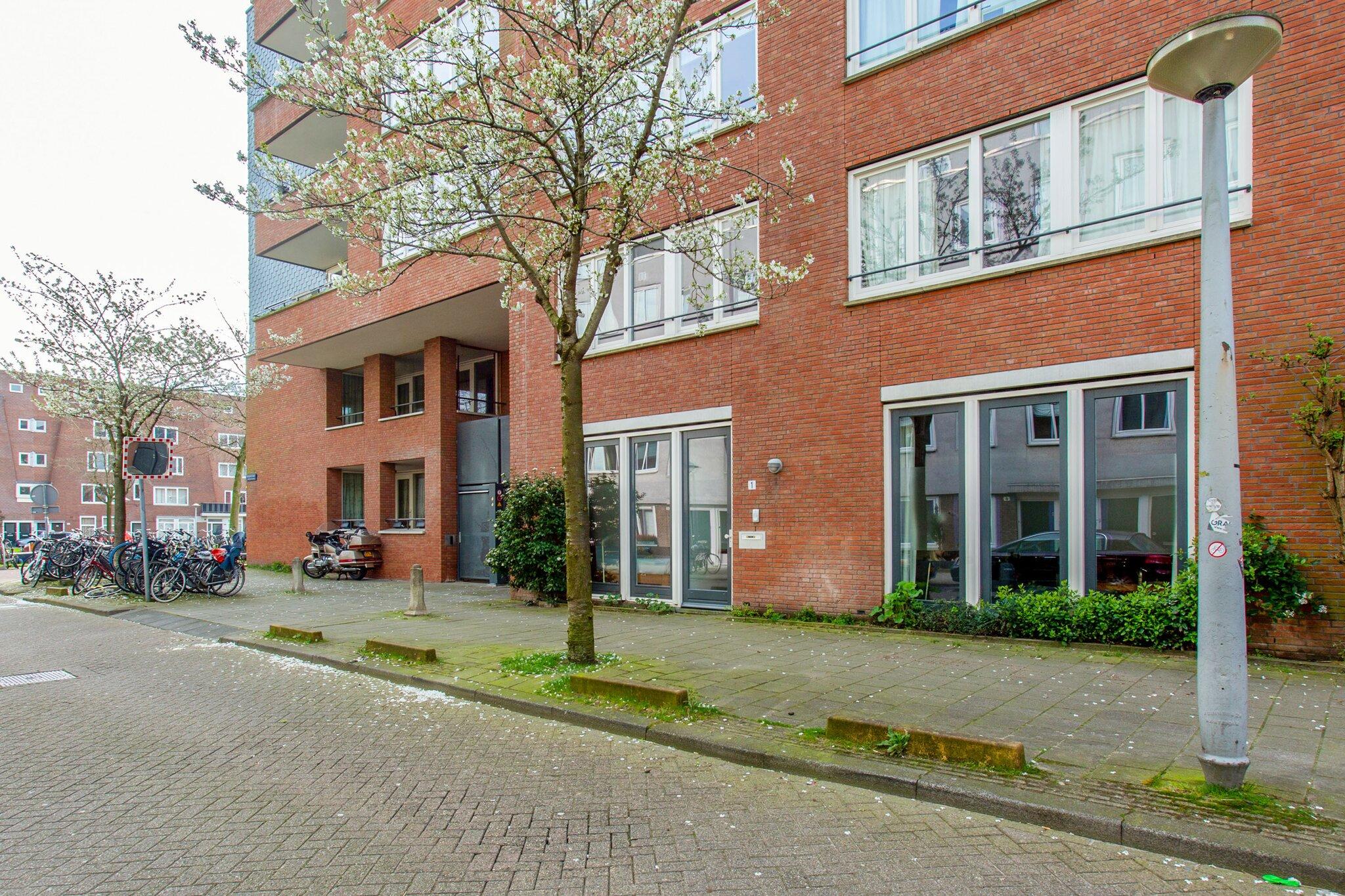 Amsterdam – Balboastraat 1 – Foto 5